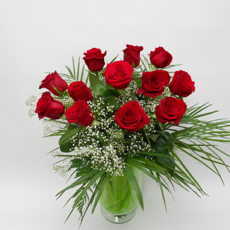 Douze Roses Rouges