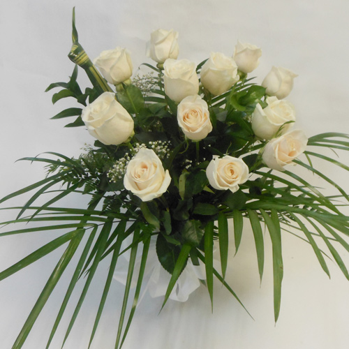 Douze Roses Blanches